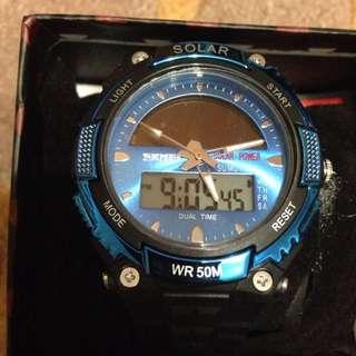 Solar 手錶