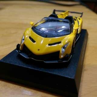 Kyosho 1/64 Lamborghini veneno 50週年紀念模型車