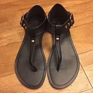(保留)FOREVER 21黑色涼鞋