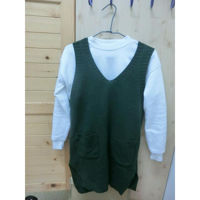 墨綠長版毛衣