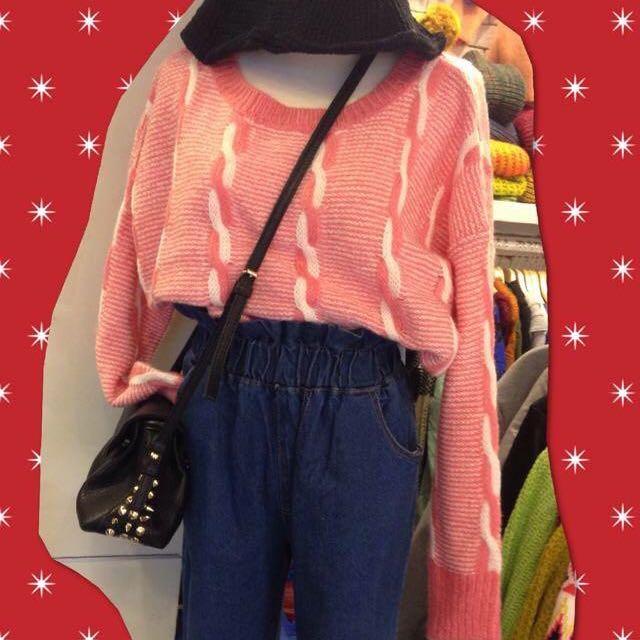 粉紅 扭結 線條 混色 毛線衫