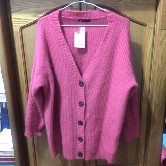 全新 韓貨 UPTOWNHOLIC 羊兔毛毛衣針織外套 粉色
