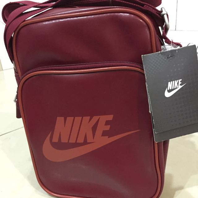 Nike Heritage Men Sling Bag, Men s Fashion on Carousell 4f38618ffc