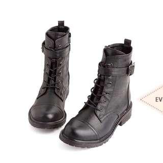 Airspace黑色皮革拉鍊軍靴