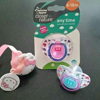 Tommee Tippee Pacifiers *HK Pacifier Holder Sold*