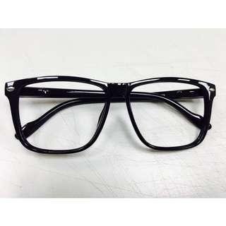 無鏡片黑框眼鏡