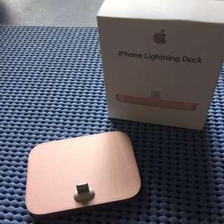 iphone 5/SE 6/6S Lightning Dock 玫瑰金 二手 機身完全無傷 僅拆封測試