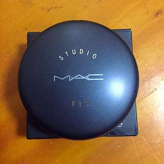 MAC Powder (replica)