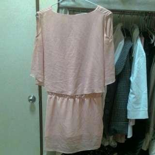 (含運199元)粉膚色洋裝/長上衣