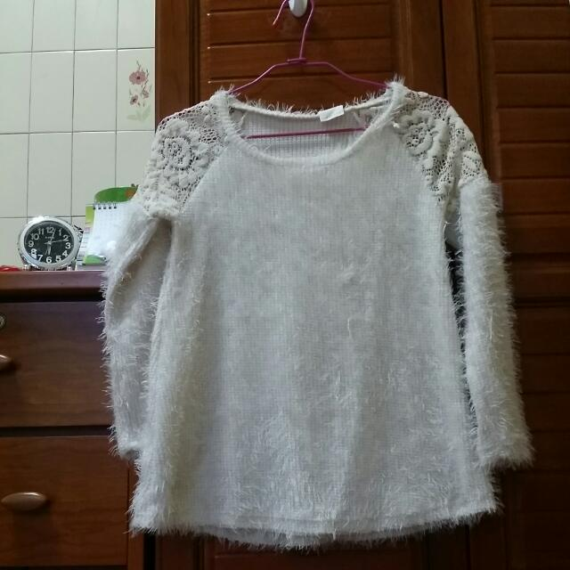 (降價出清)韓版白色毛料上衣