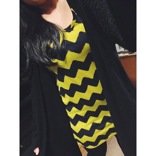 圖騰三角條紋長版背心 黃藍撞色幾何街頭風