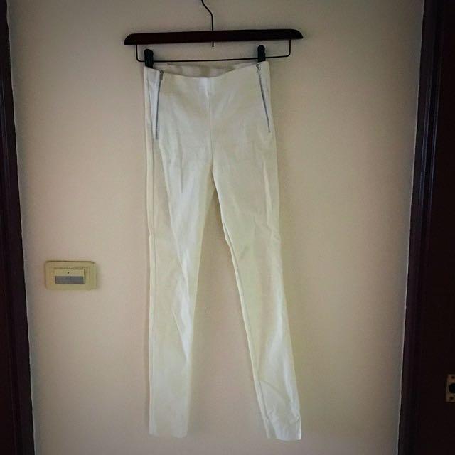Fe Cha 彈性白色拉鍊褲