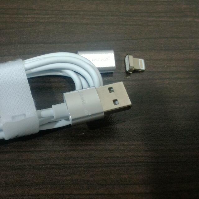Iphone磁充線(含運)另外有I6 +空壓殼