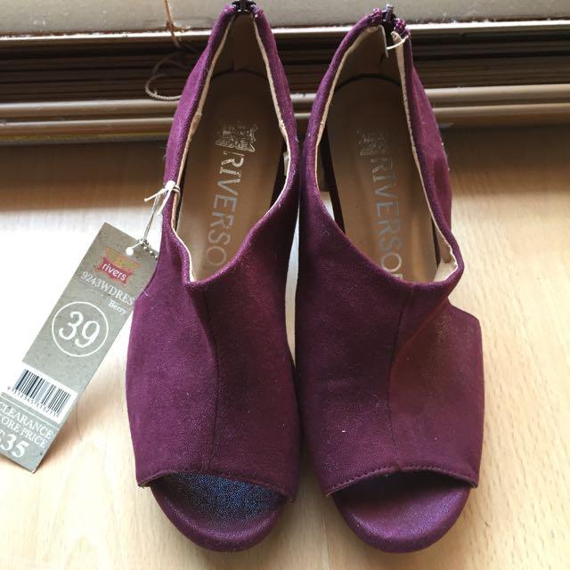 Maroon High Heels Size 8