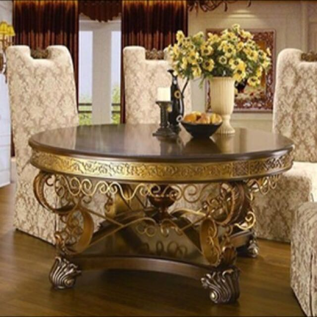 Tons & Tons Of Model Home Furniture!