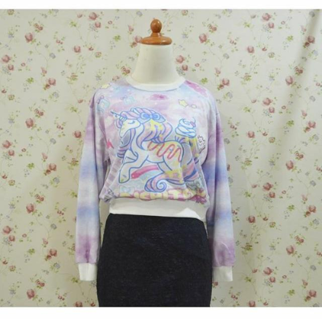 e797b4f0575498 Unicorn Crop Sweater, Women's Fashion on Carousell