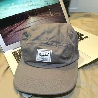 Herschel灰色五片帽