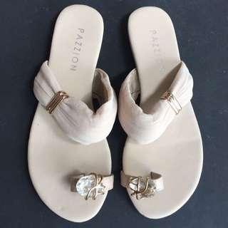 Pazzion Elegant Flats Size 34