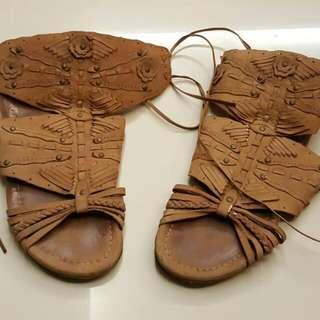 Leather Zara Sandal.