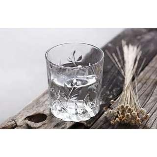 🚚 歐式柳葉浮雕玻璃杯.威士忌雞尾酒杯.水果汁杯(1入)