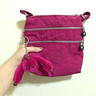 Kipling桃紅側背包