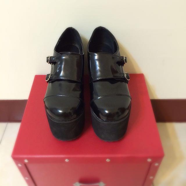 (免運)黑色質感厚底鞋37碼(只穿過一次)