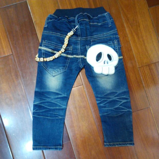 骷髏造型牛仔褲