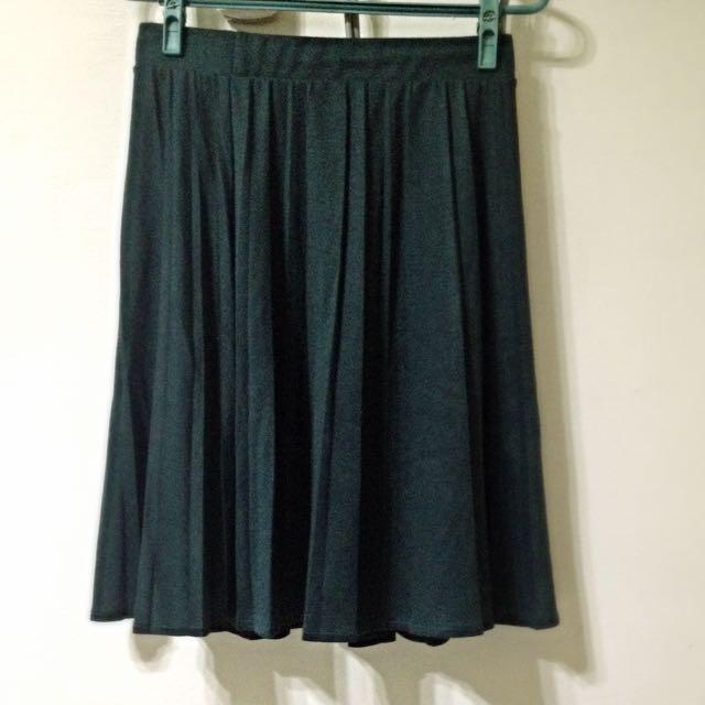 綠色百摺裙🌵