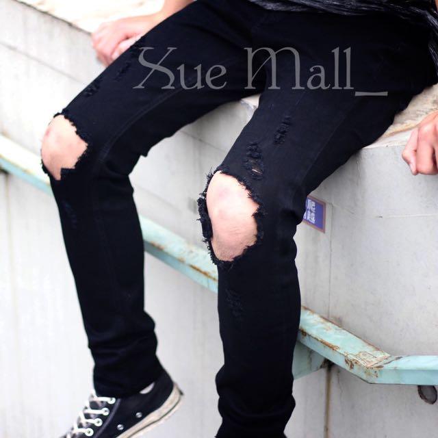 膝大破黑色窄版牛仔褲