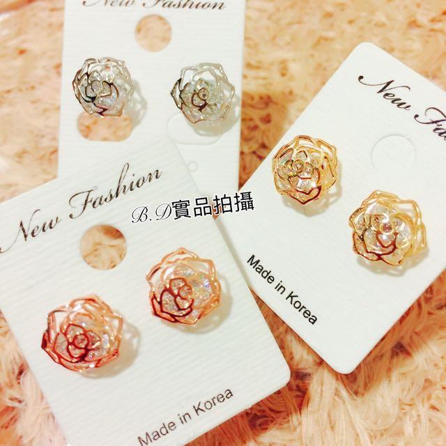 (特價品)年終特惠 正韓氣質簍空鋯石玫瑰耳環(大)