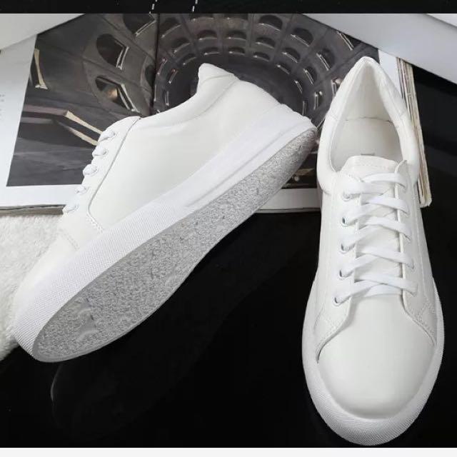 降👼春夏 白球鞋 23.5號 全新未落地