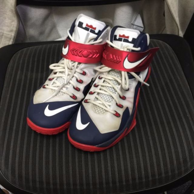 new styles 9b638 8aac4 Nike Lebron zoom soldier 8 Team USA Basketball Shoes, Mens Fashion on  Carousell