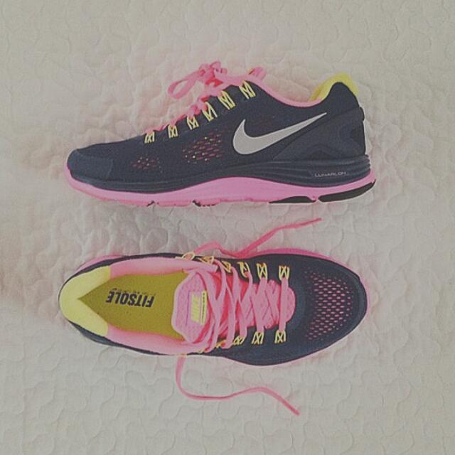 sale retailer e7436 b63bf Nike Lunarglide 4 Women's Shoe's