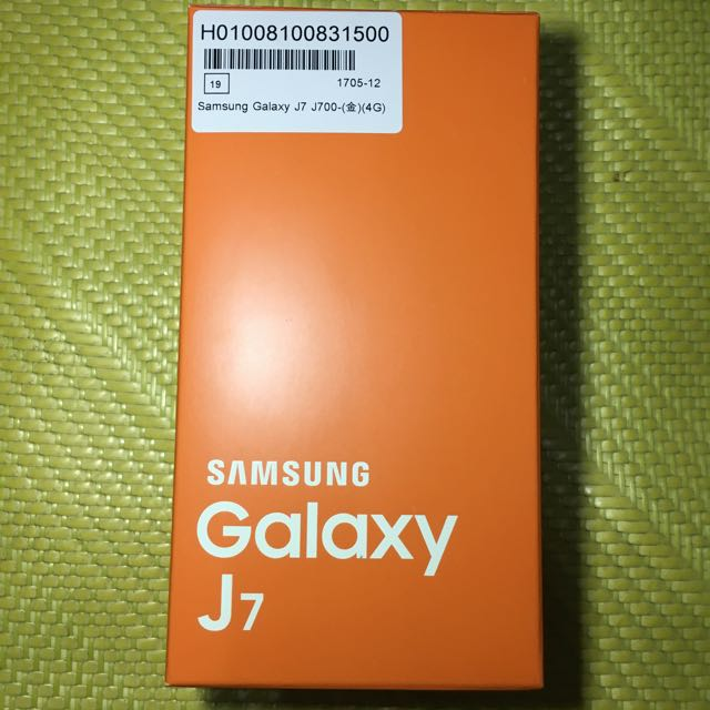 Samsung (三星)J7