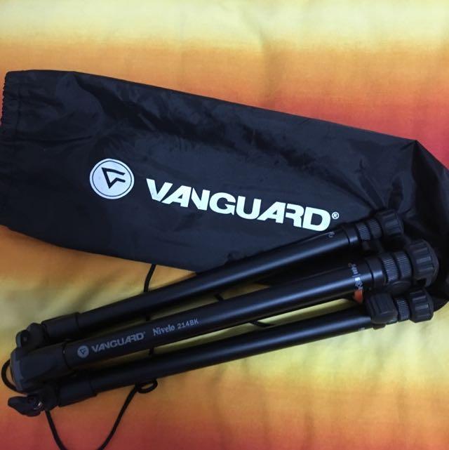 Vanguard Nivelo 214BK