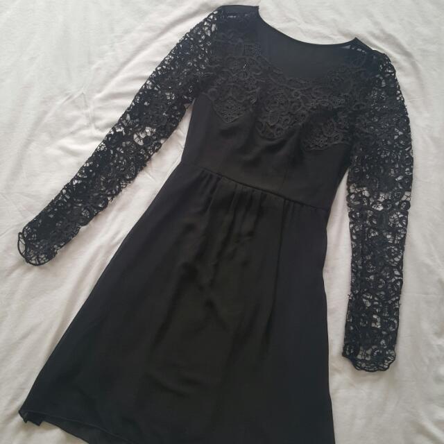 Vila Lace Dress XS