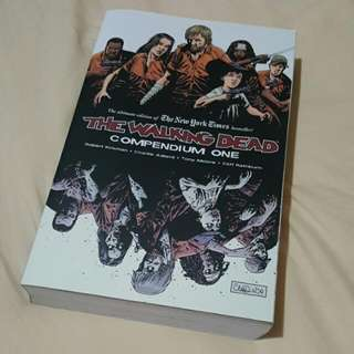 The Walking Dead Compendium One (Issues 1-48)