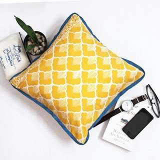 Decorative Cushion B08