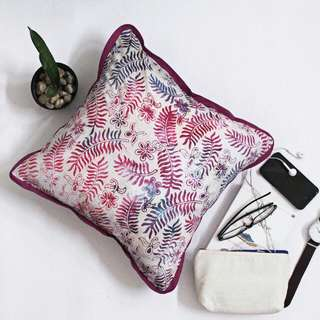 Decorative Cushion B10
