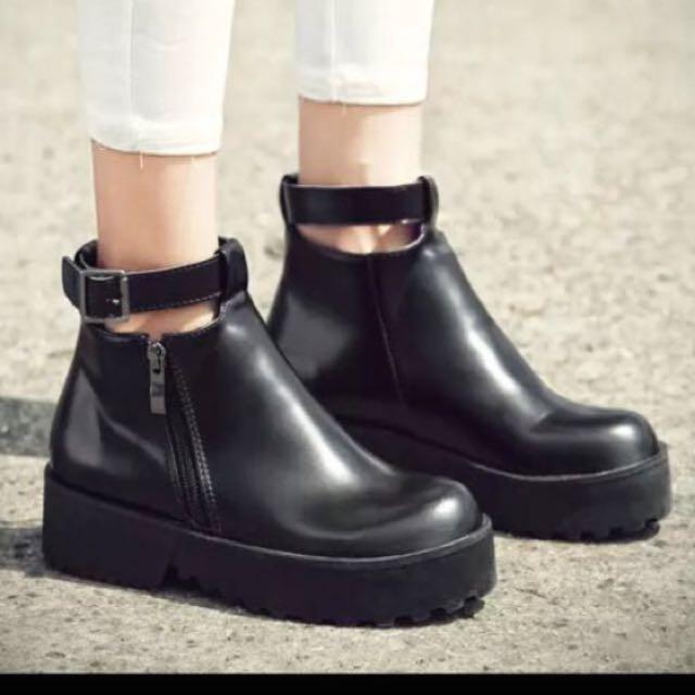 全新✨厚底靴