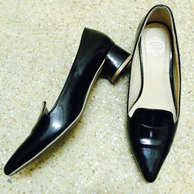 韓版 ✔️粗跟漆皮尖頭鞋35