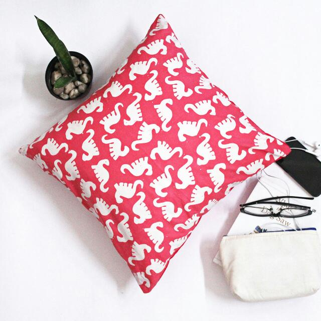 Decorative Cushion B05