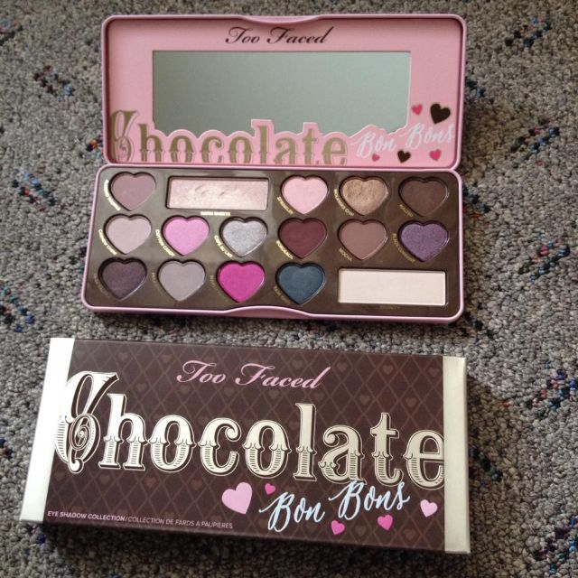 PENDING too faced chocolate bonbons palette