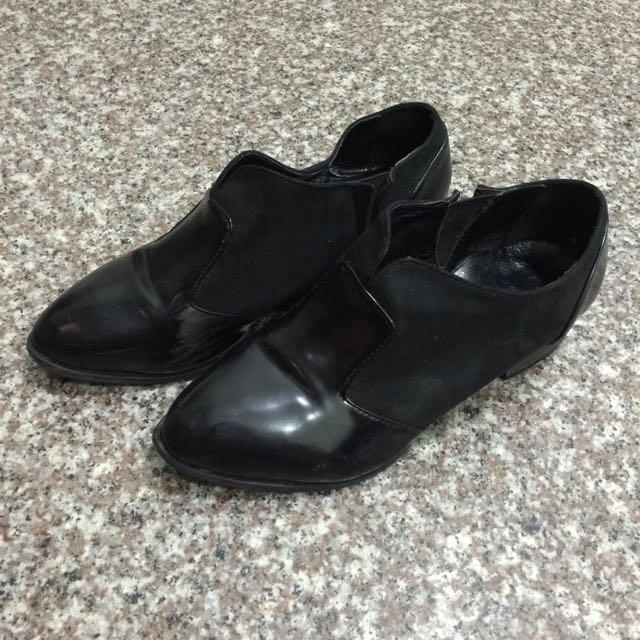 異材質拼接V口踝靴 40