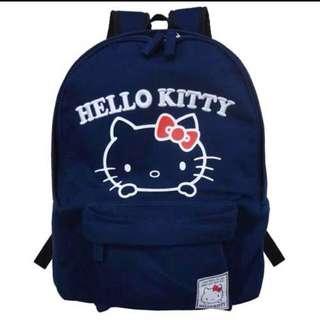 收 此款Hello Kitty後背包