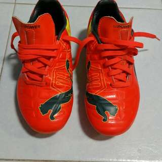Preloved Soccer Boots Authentic Puma Evo Power