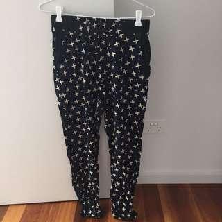 Vangelica Flowy Patterned Pants Size: 10