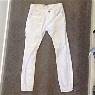 White Skinny Jeans Never Worn (size 10)