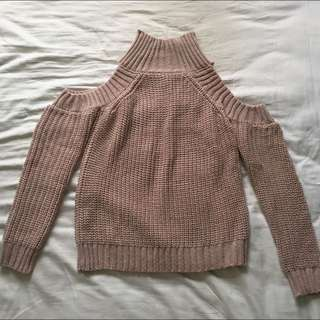 Dusty Pink Knit - Size 8