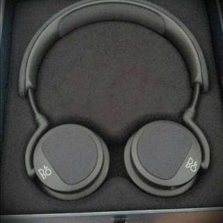 (RESERVED) Bang & Olufsen Beoplay H2 Headphone